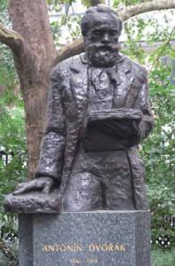 Estatua de Dvorák en Stuyvesant Square Park, Manhattan
