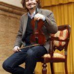 Gil de Gálvez, de violinista a Cum Laude