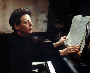 El compositor minimalista Philip Glass