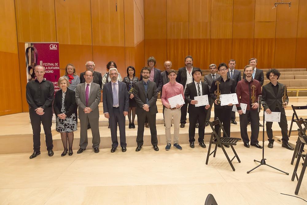 El jurado, los premiados, los patrocinadores y los colaboradores del Concurso Internacional de Guitarra Clásica Gredos San Diego