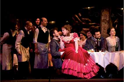 Mariusz Kwiecien como Marcello y Susanna Phillips como Museta.