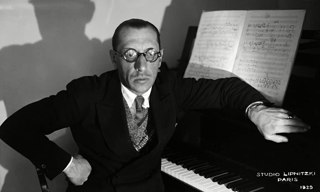 Igor Stravinsky en el Studio Liptnitzki de Paris de 1929.