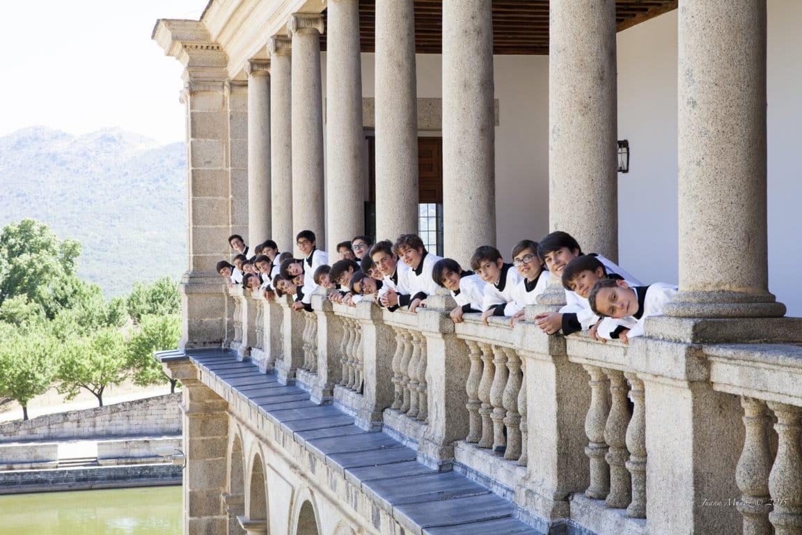 Niños de la Escolanía de El Escorial