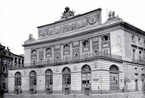 Fachada del Teatro Real de Madrid. Autor J. Laurent, siglo XIX