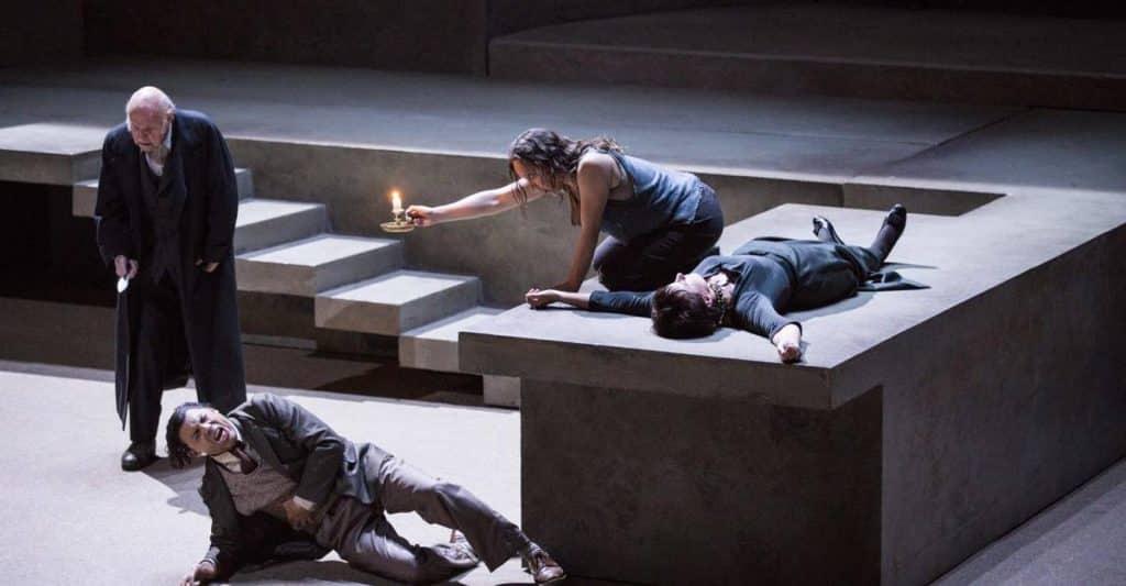 Imagen de la representación de Elektra en el Liceu.