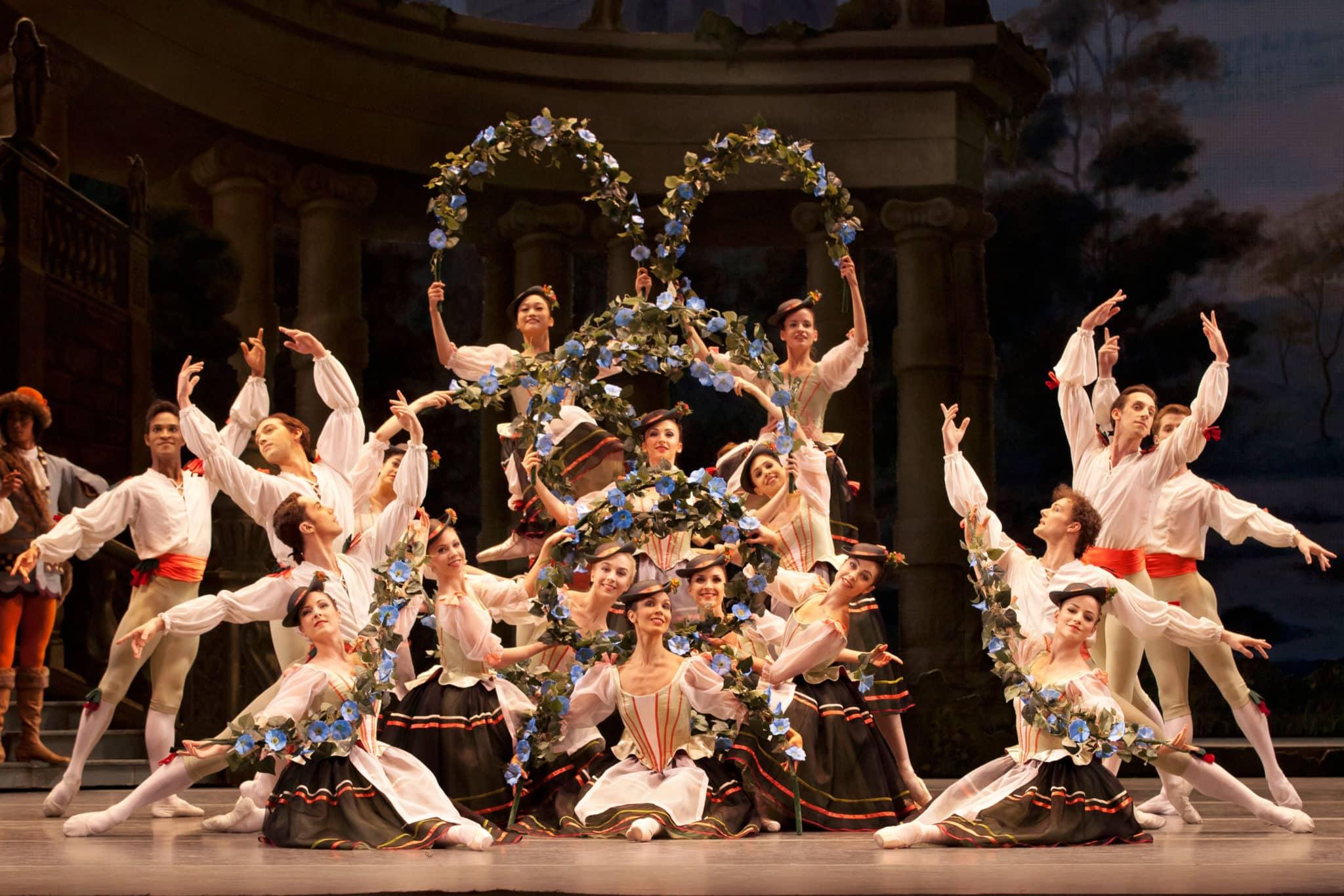 Cuerpo de baile de La Bella Durmiente.