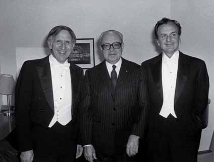 Gustav Meier, Alberto Ginastera y Anthony di Bonaventura en 1981.