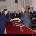 El Rey emérito Don Juan Carlos entrega al Teatro Real la Medalla de Honor 2017 de la Real Academia de Bellas Artes de San Fernado