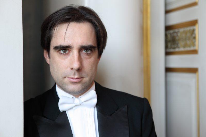 Carlos Domínguez-Nieto