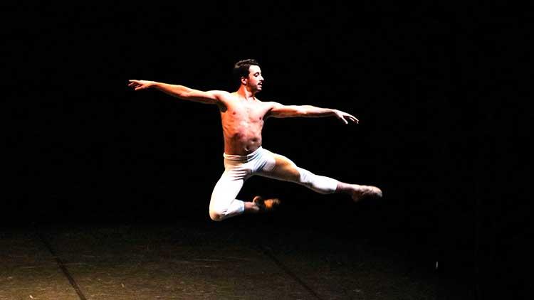OEX y Valencia Dancing Forward