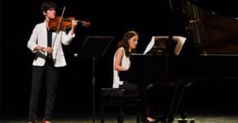 Ellas Crean, con María Parra e Isabel Villanueva