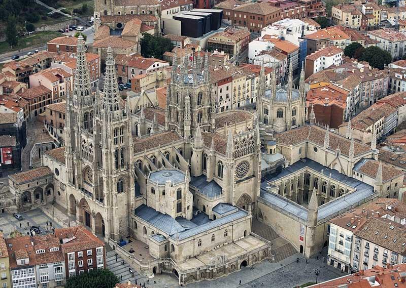 La Orquesta y Coro del Teatro Real interpretarán el Réquiem de Mozart en la Catedral de Burgos