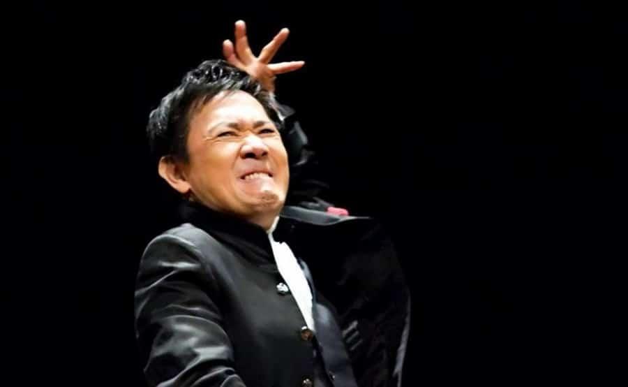 Eiji Oue dirige la OCNE
