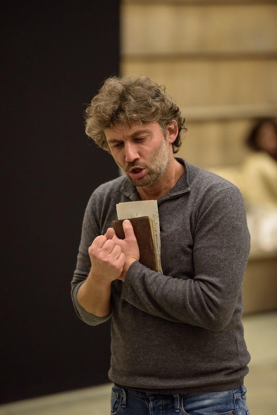 Jonas Kaufmann as Andrea ChÇnier (c)