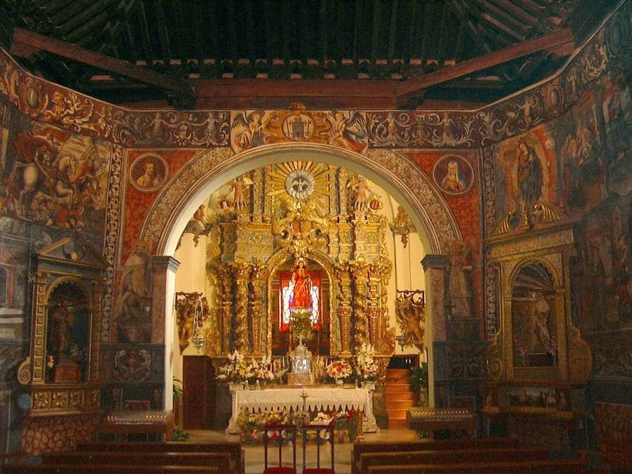 Retablo del santuario e imagen de Santa Eulalia de Mérida © Patronato de la Santa de Totana
