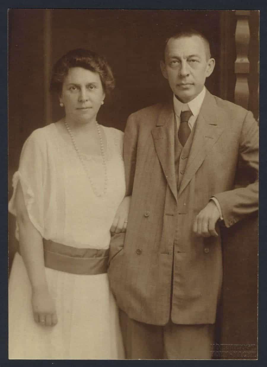 Rajmáninov con su esposa, Natalia Satina