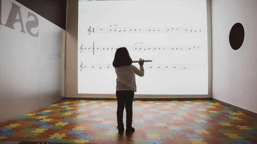 Bankia y la FSMCV convocan becas por 300.000 euros para alumnos de escuelas de música de las sociedades musicales