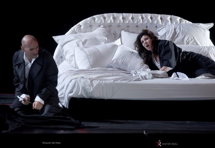 Emisión en directo de 'La traviata' en My opera player (1)