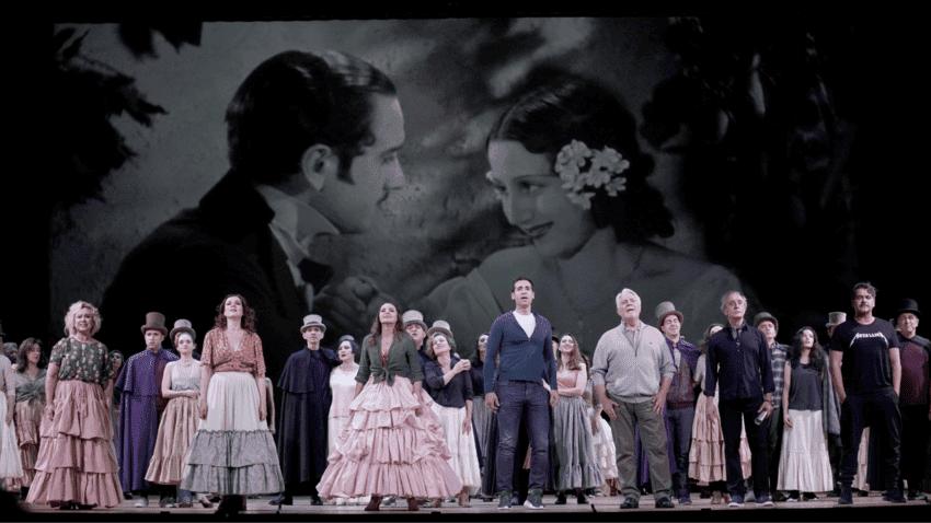 a producción del Teatro de la Zarzuela Doña Francisquita, dirigida y adaptada por Lluís Pasqual, fue galardonada ayer con el Premio Max de las Artes Escénicas al mejor espectáculo Musical o Lírico, en la XXIII edición del certamen promovido por la Fundación SGAE que se ha celebrado en el Teatro Cervantes de Málaga