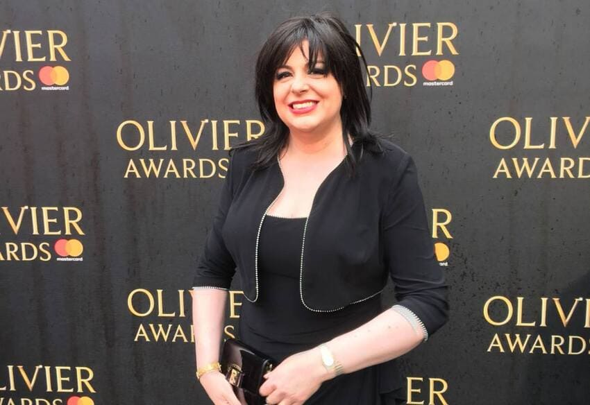 Daniela Barcellona recibiendo el prestigioso Olivier Awards 2018 en el Royal Albert Hall de Londres