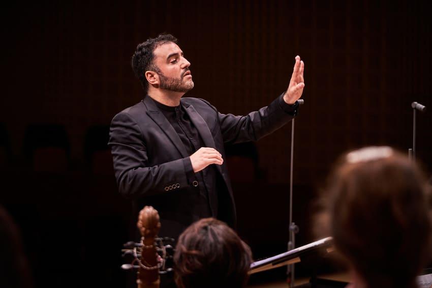 El director Javier Ulises Illán debuta en Berna y Andermatt con Accademia Barocca Lucernensis