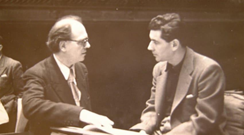 Olivier Messiaen y Leonard Bernstein durante un ensayo