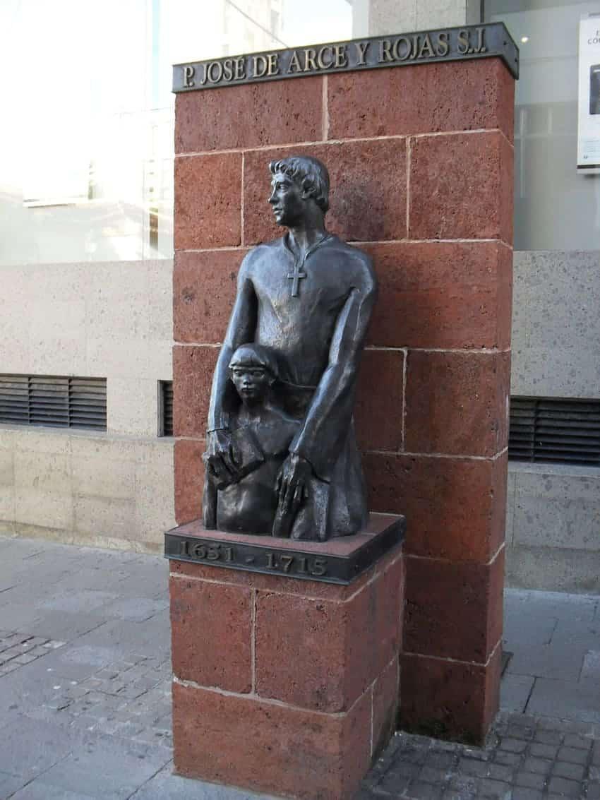Escultura del padre José de Arce, de Antonio López Pérez