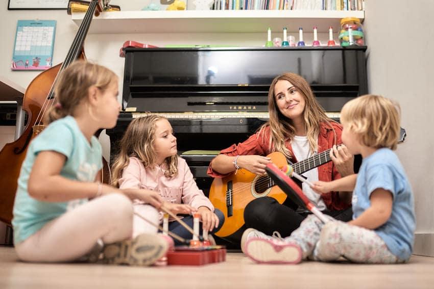 La reinvención de la enseñanza musical: cómo la creatividad y las redes sociales abren nuevos horizontes en la situación actual