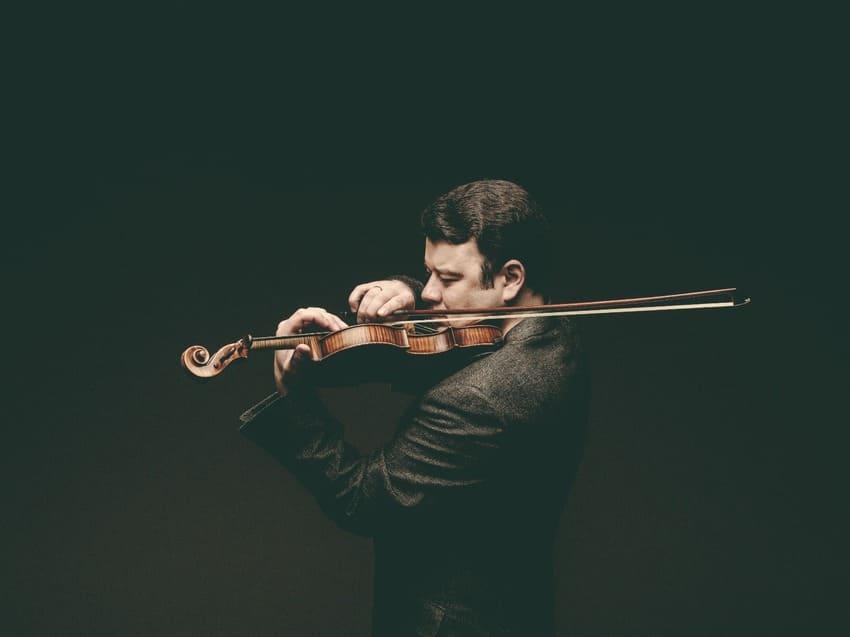 Vadim Gluzman toca Beethoven con la OSCyL