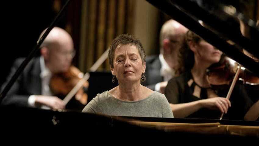 Maria João Pires & Mozart con la OCM en el Palau de la Música Catalana