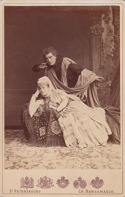 El demonio de Rubinstein Wilhelmina Raab como Tamara e Ivan Melnikov como el Demonio en el estreno mundial en el Teatro Mariinski de San Petersburgo.