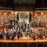 Christian Vásquez dirige en el Palau de la Música a la JOSB en un concierto solidario para Cáritas