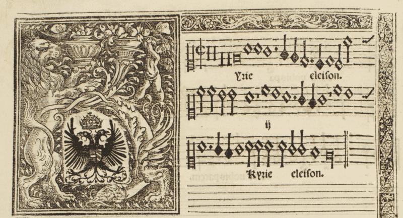 Detalle de la partitura de la Missa Mille regretz con el escudo de Carlos V