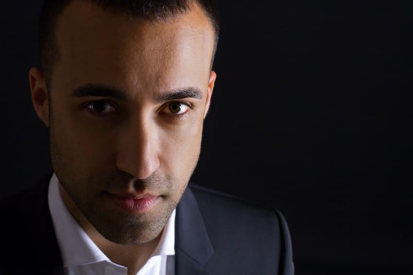 Saül Gómez Soler dirige la Orquesta de Vientos de Musikene