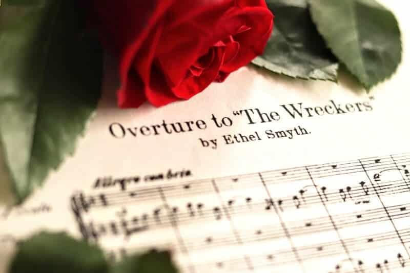 La ópera como género musical de la mano de Ethel Smyth con The Wreckers. Las familias de instrumentos en la orquesta