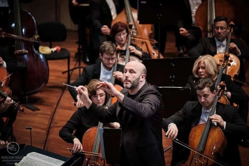 Riccardo Frizza dirige a la Hungarian Radio Symphony