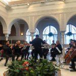 Iberian Sinfonietta canta el 'Cumpleaños feliz'