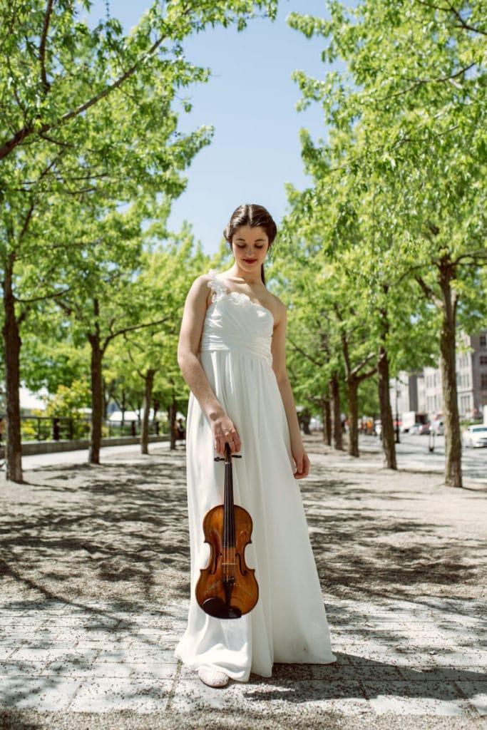 María Dueñas violín