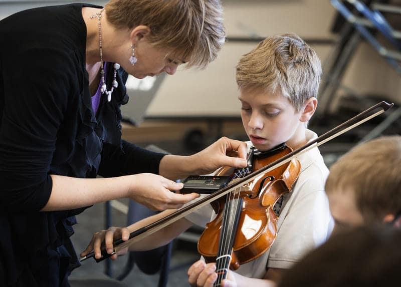 alumno de violín
