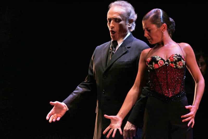 Voz y baile se unen en Sevilla
