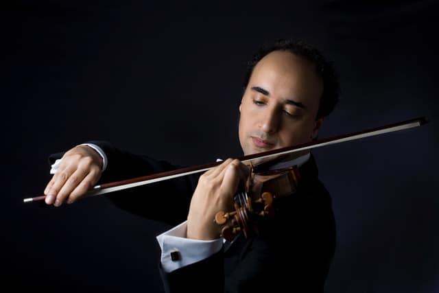 Mario Hossen interpreta Paganini en suelo español